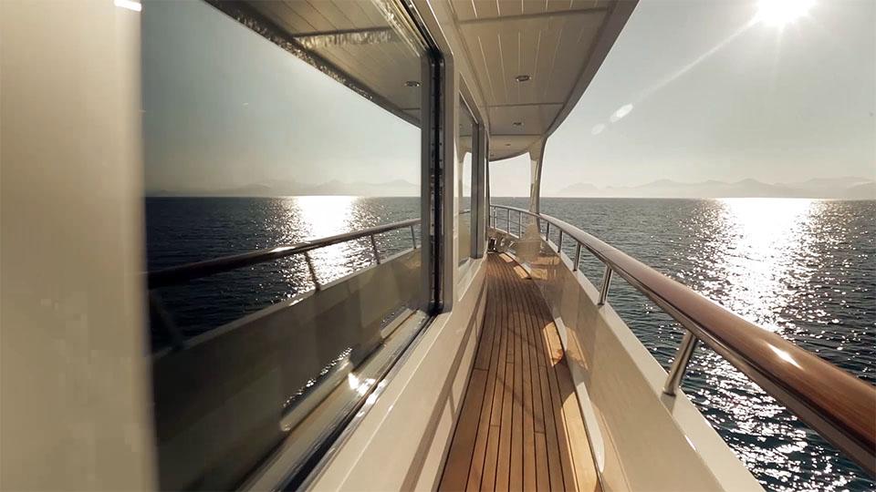 yachtsxlheliad4.jpg